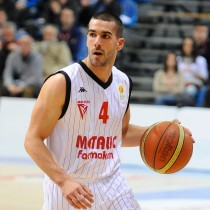 Protic signed in Hungary